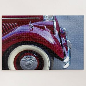 Vintage Red Jaguar Car – 1000 piece jigsaw puzzle